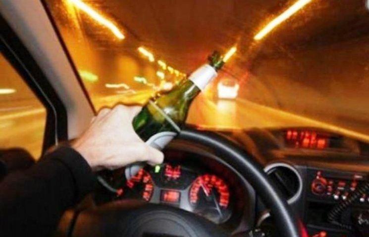 У передноворічну ніч закарпатські патрулі ганялися за п'яним поліцейським
