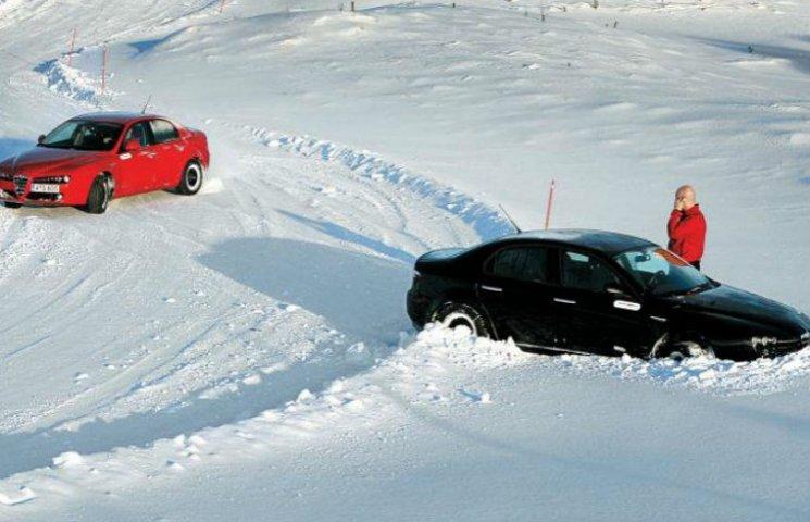 У поліції нагадали столичним водіям, як їздити в морози