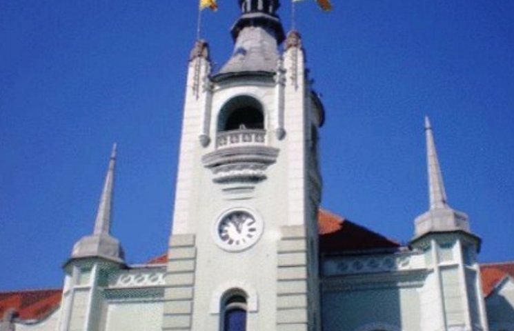 У Мукачеві почесні громадяни отримуватимуть щомісячні виплати