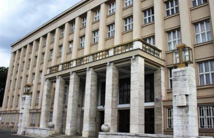Закарпатські депутати збираються на засідання сесії