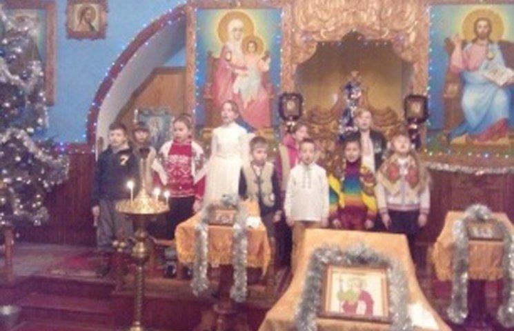 У Свято-Воскресенcькому соборі діти прославляли Різдво колядками