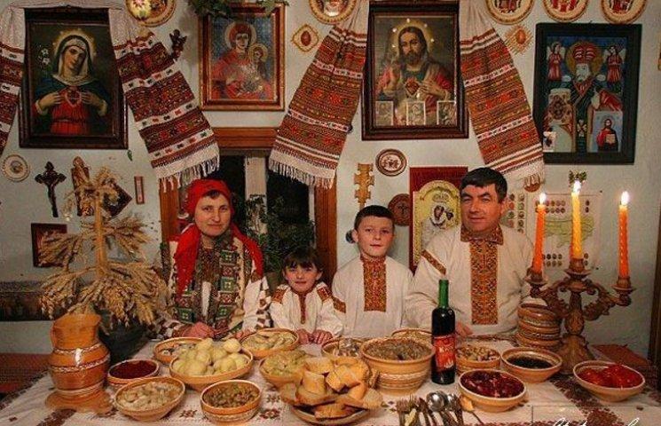 Смачною кутею у родинному колі сумчани відсвяткували Святвечір