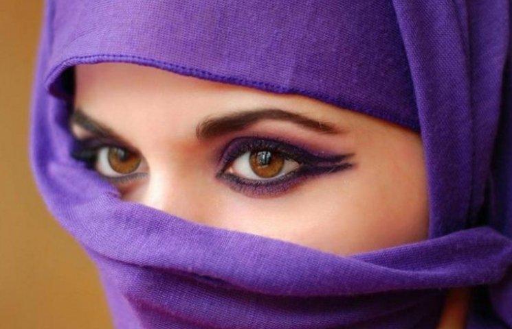 Dolce & Gabbana випустили колекцію одягу для мусульманок