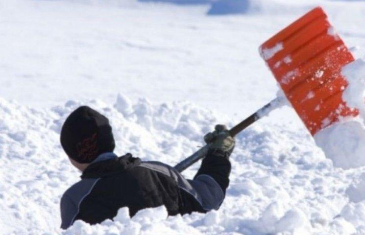 За неприбраний сніг 45 підприємств у Києві заплатили 80 тисяч