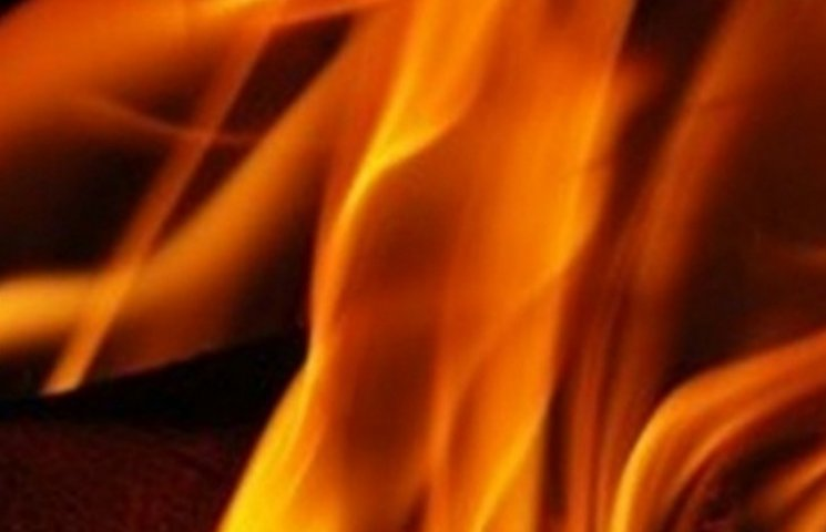 В Ужгороді з палаючого готелю евакуювали мешканців