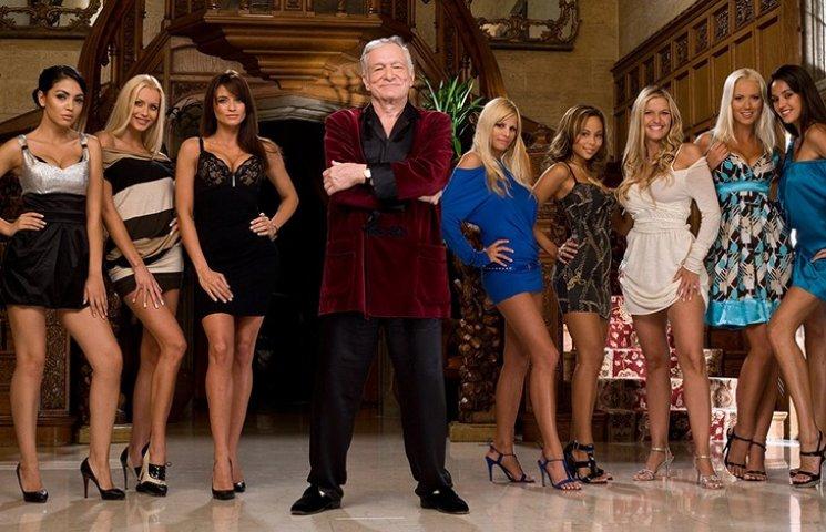 Playboy продает свою резиденцию в Лос-Анджелесе вместе с Хью Хефнером