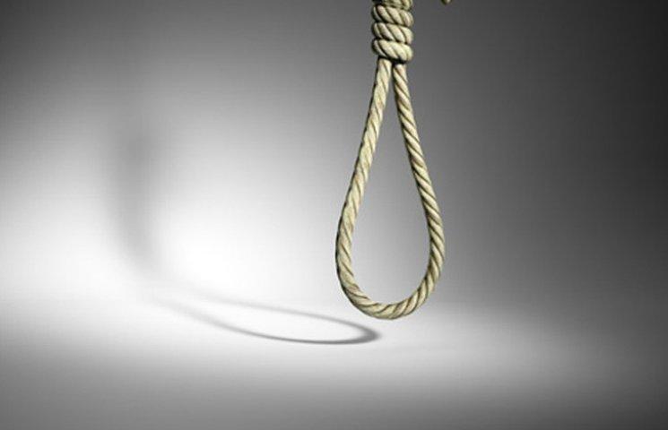 У Бердянську молодий хлопець покінчив життя самогубством