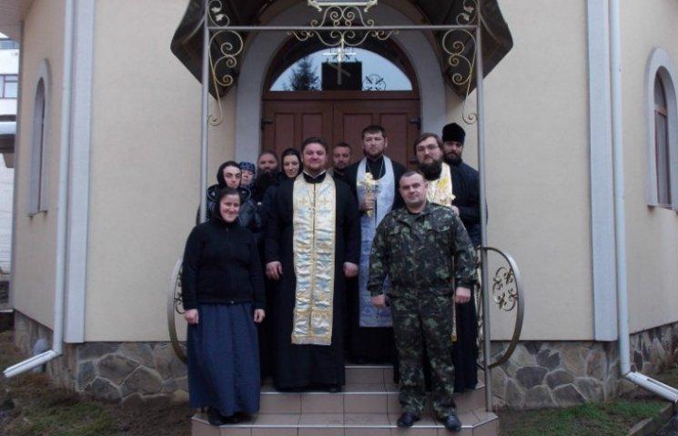В Ужгороді монахині колядували в камерах арештантів