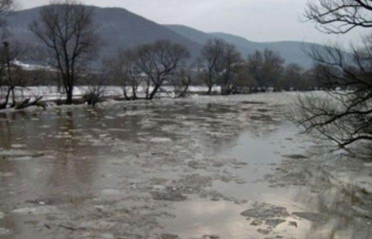 На Закарпатті затопило півтисячі гектарів сільгоспугідь
