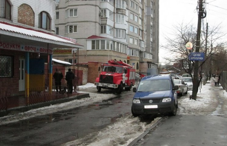 В Виннице прогремел взрыв возле кафе (ФОТО)