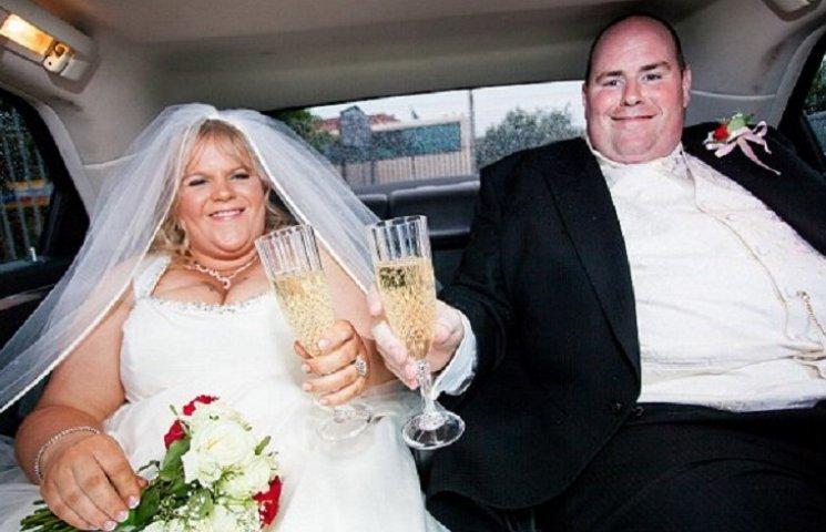 Как супруги, которое четыре раза ломали кровать из-за лишнего веса, похудели на 150 кг