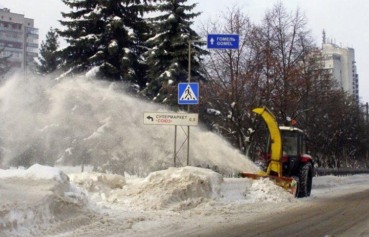 У Чернігові почали штрафувати за сніг та бурульки