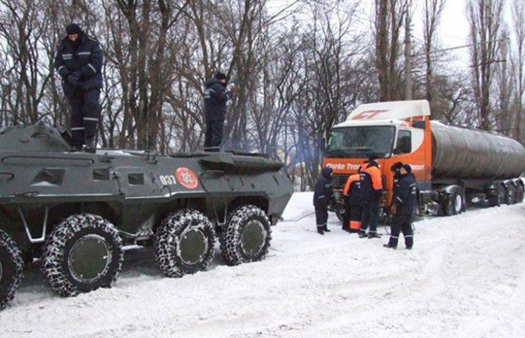 На Сумщині визначили місця для відстою транспорту під час снігопадів