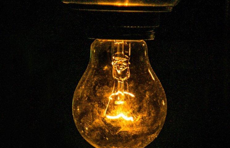 Сумські енергетики попередили про відключення світла у середу та четвер
