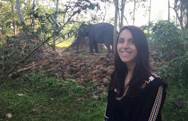 Джамала на Шрі-Ланці осідлала величезног…