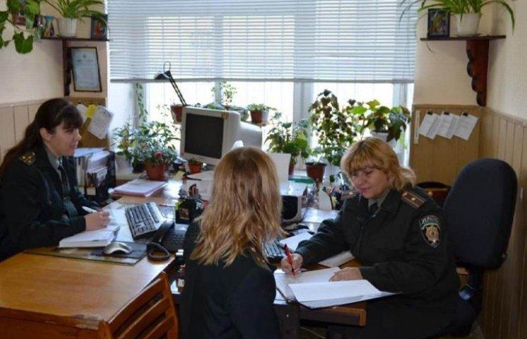 """Тюремників на Сумщині забезпечують робочими """"офісами"""""""