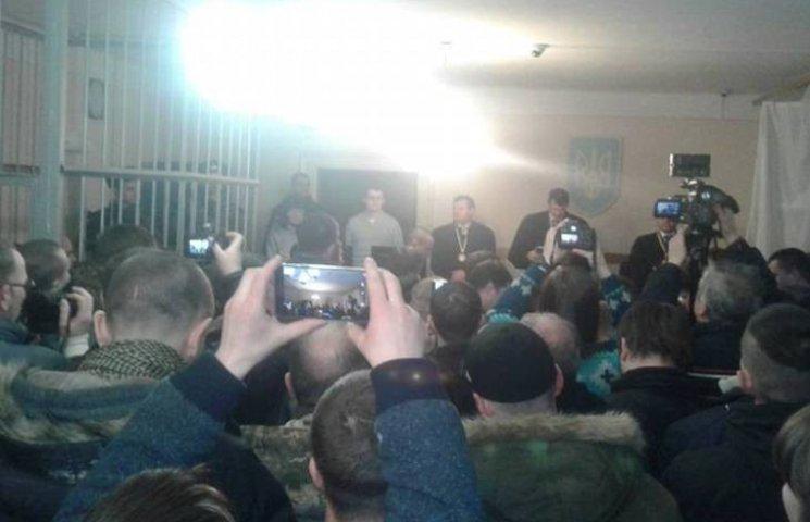 """Драгобрат: Суд випустив на поруки нардепів арештованого """"Бєса"""""""