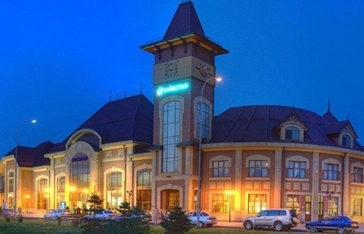 Вночі в Ужгороді замінували залізничний вокзал