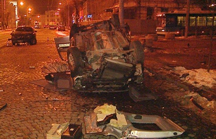 В центрі Вінниці моторошне ДТП: загинув 22-річний водій