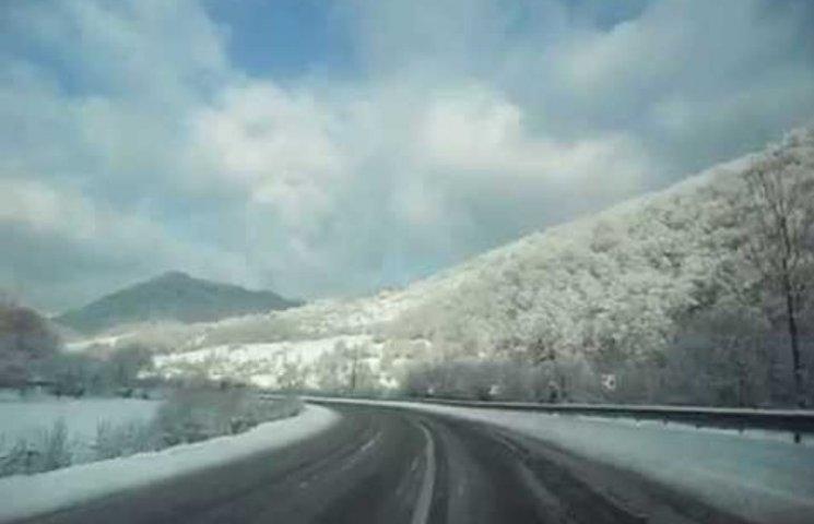 На перевалах Закарпаття мороз сягнув уже -22