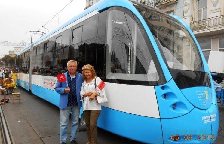 """Автори тюнінгу """"Бентлі"""" та """"Феррарі"""" проектували вінницький трамвай"""