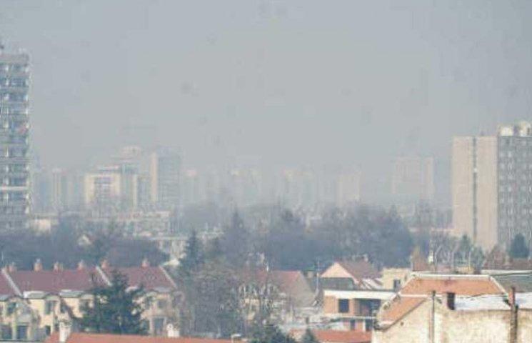 Сусідню із Закарпаттям Угорщину накриває смогом