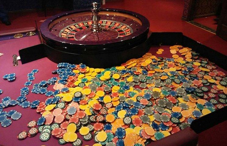 Новини про закриття казино Відгуки на Казино Рояль 1920-х років le код