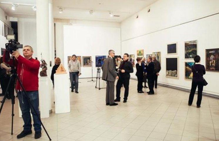 Закарпатські художники відкрили масштабну виставку в Угорщині