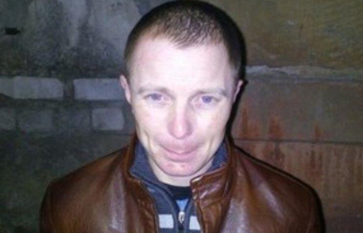 Миколаївський педофіл намагався звабити маленьку дівчинку в Херсоні