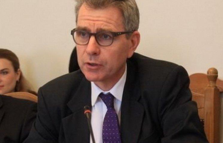 Першого вересня до вінницьких дошколяриків приїде американський посол Джеффрі Пайєтт