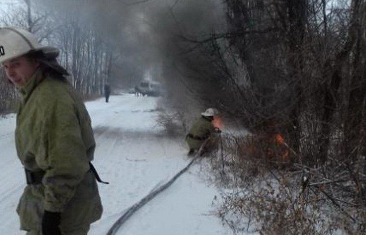 Перша жертва негоди: В кюветі пожежники гасили легковик