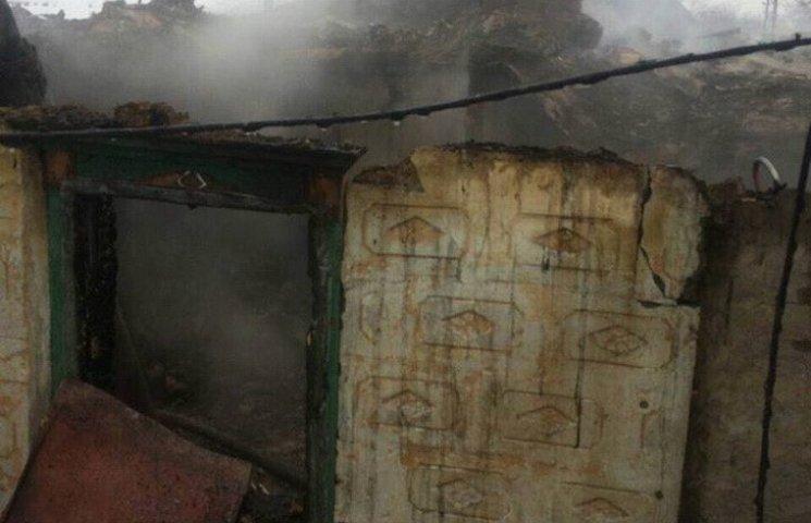 У Дніпрі на Різдво вщент згорів будинок, є загиблий