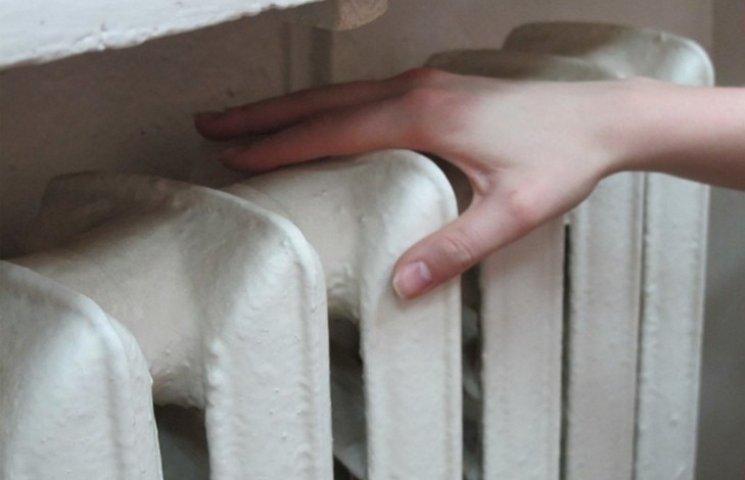 В Одесі внаслідок прориву теплотраси без теплопостачання залишилось 35 будинків