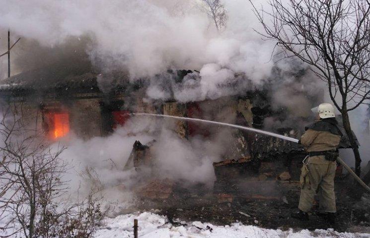 На Полтавщині вщент згорів приватний будинок