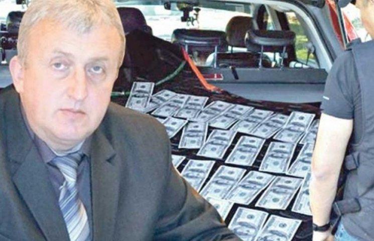 Экс-главу РГА на Виннитчине будут судить за взятку