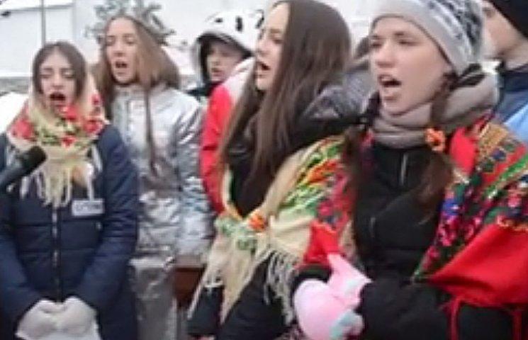 """""""Щедрик"""" на монгольском языке спели в Виннице"""