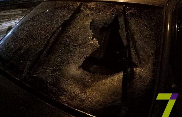 В Одесі на селищі Котовського автівка збила нетверезих пішоходів