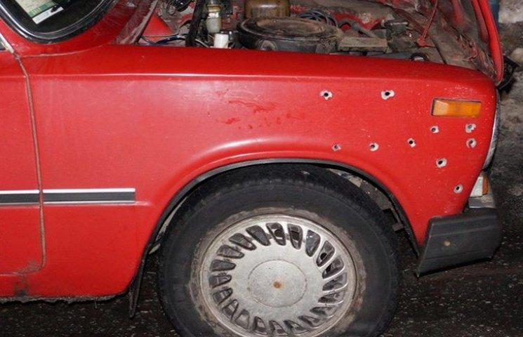 У Дніпрі поліція розстріляла викрадену автівку
