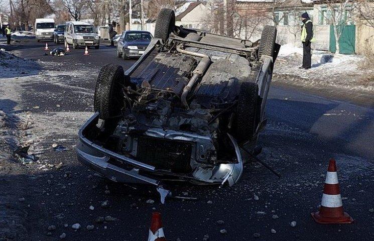 У Дніпрі у смертельній ДТП перекинулося авто і загинув пішохід