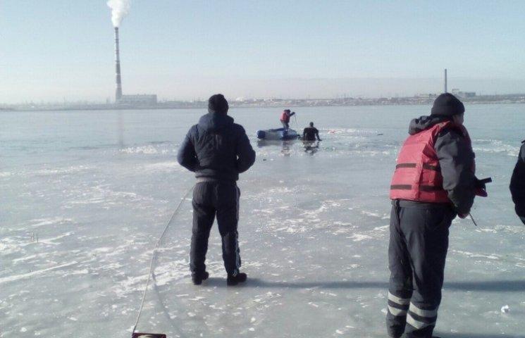 На Одещині рятувальники знайши тіла людей, які провалилися під кригу