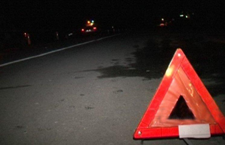 На центральному мосту Дніпра автомобіль збив велосипедиста і втік