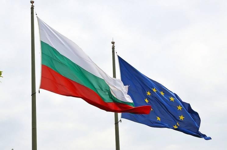 Посол: Болгария хочет продолжить политикуЕС поантироссийским санкциям