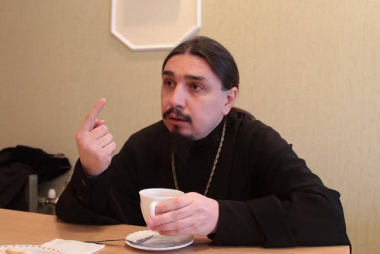 """Запорізький священик УПЦ МП обіцяє """"просто та спокійно"""" знищувати ворогів"""
