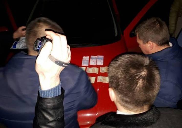 Поліцейські Хмельниччини затримали сутенера (ФОТО)