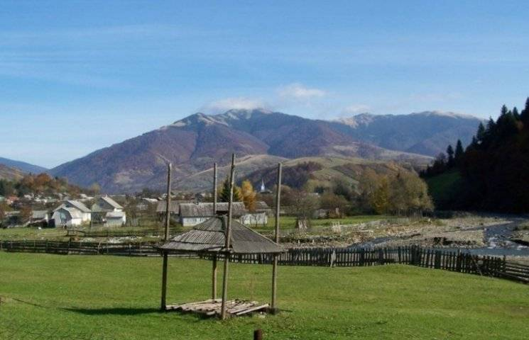 Як село на закарпатській Міжгірщині стало раєм для лісорубів та бокорашів