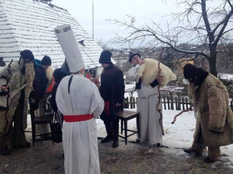 """У """"Старому селі"""" в Ужгороді колядуватиме все Закарпаття"""