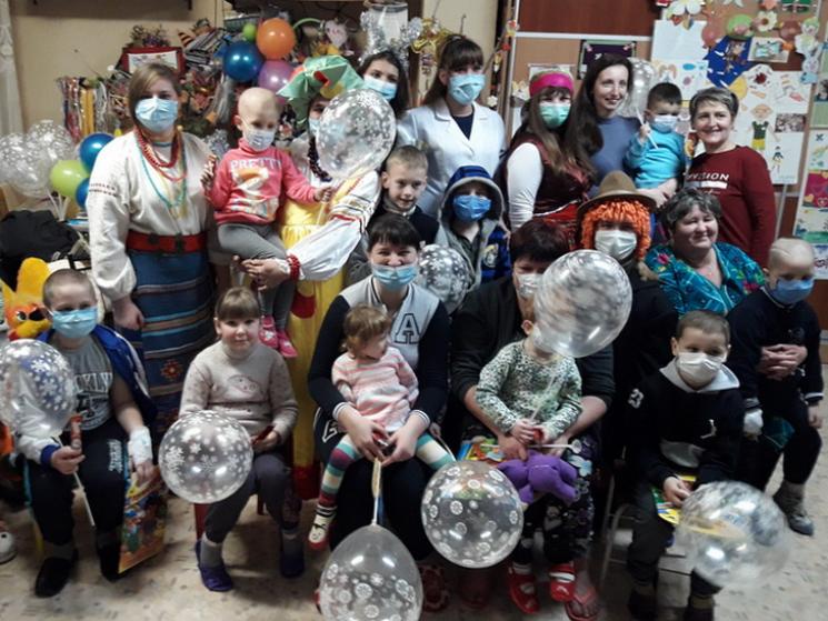 Полтавські волонтери привітали малечу зі святом Меланки та Василя