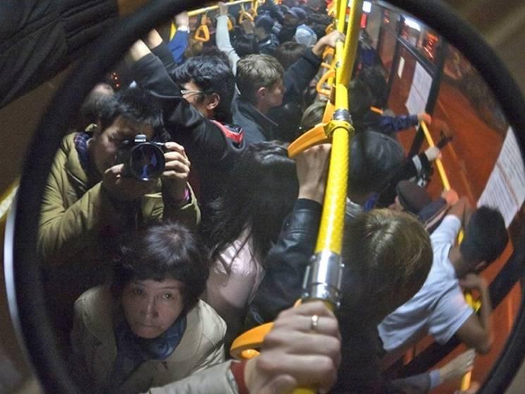 """""""Скотовози"""" за євроцінами: В Одесі підняли плату за проїзд, але покращень не обіцяють"""