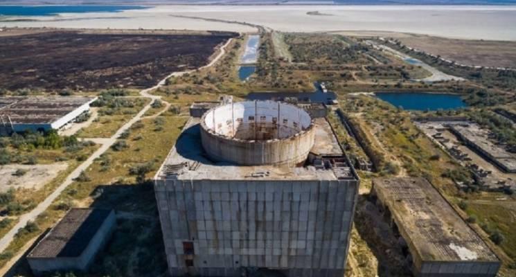 """Окупанти руйнують залишки АЕС в Криму заради """"Тавриди"""" і наживи"""
