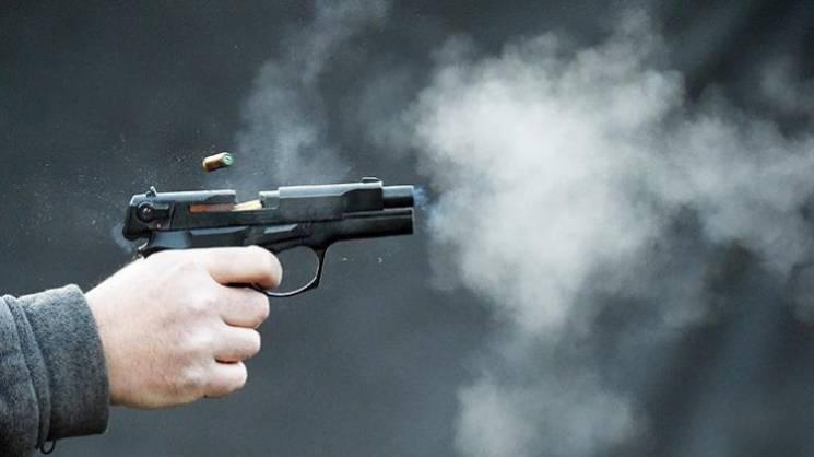 У Запоріжжі стріляли в підприємця з Хмельниччини - поліція готується до штурму